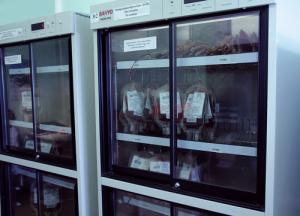 Холодильник для хранения эритроцитарной массы Sanyo MPR-311D